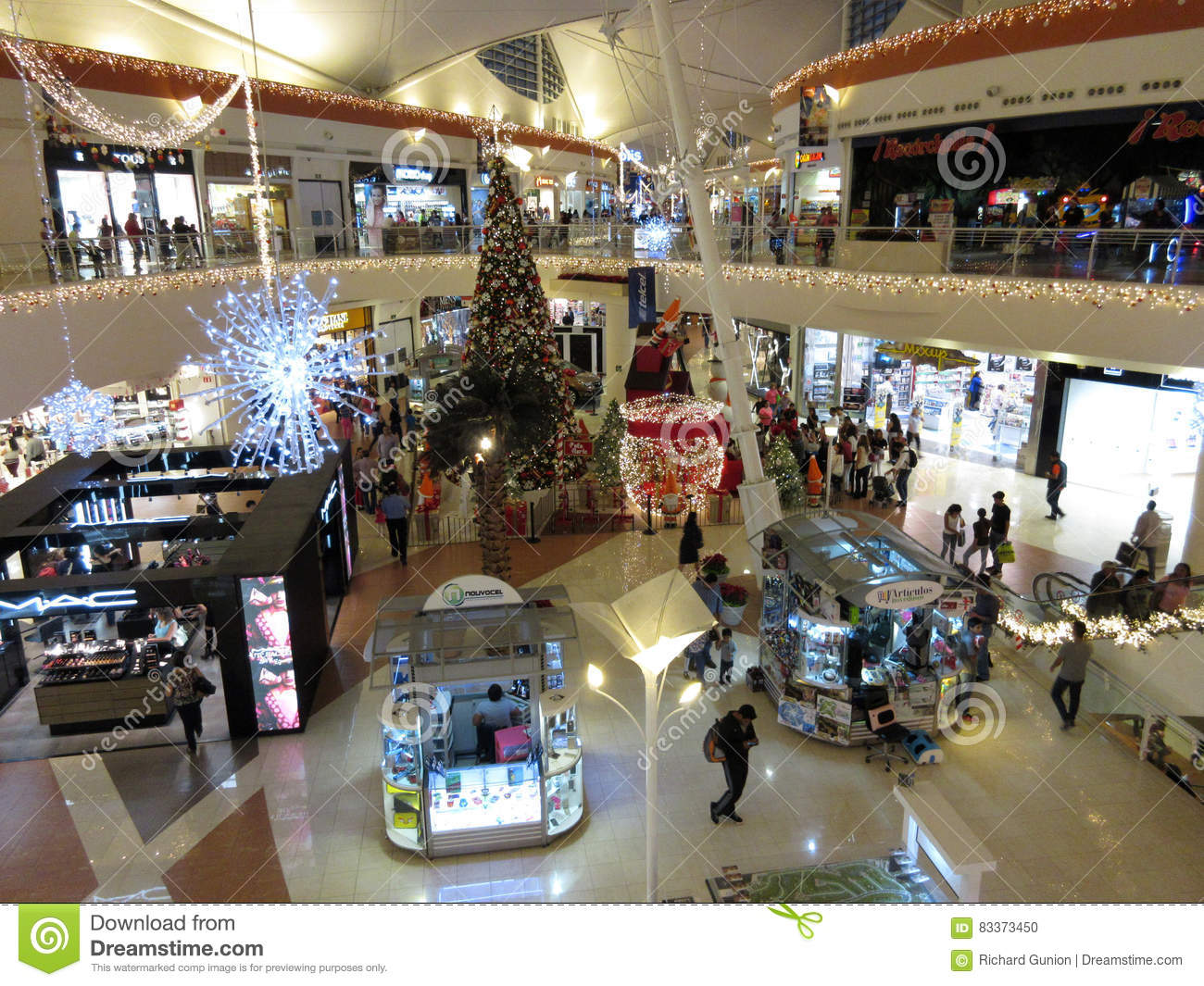Christmas At The Shopping Mall In Cuernavaca Editorial