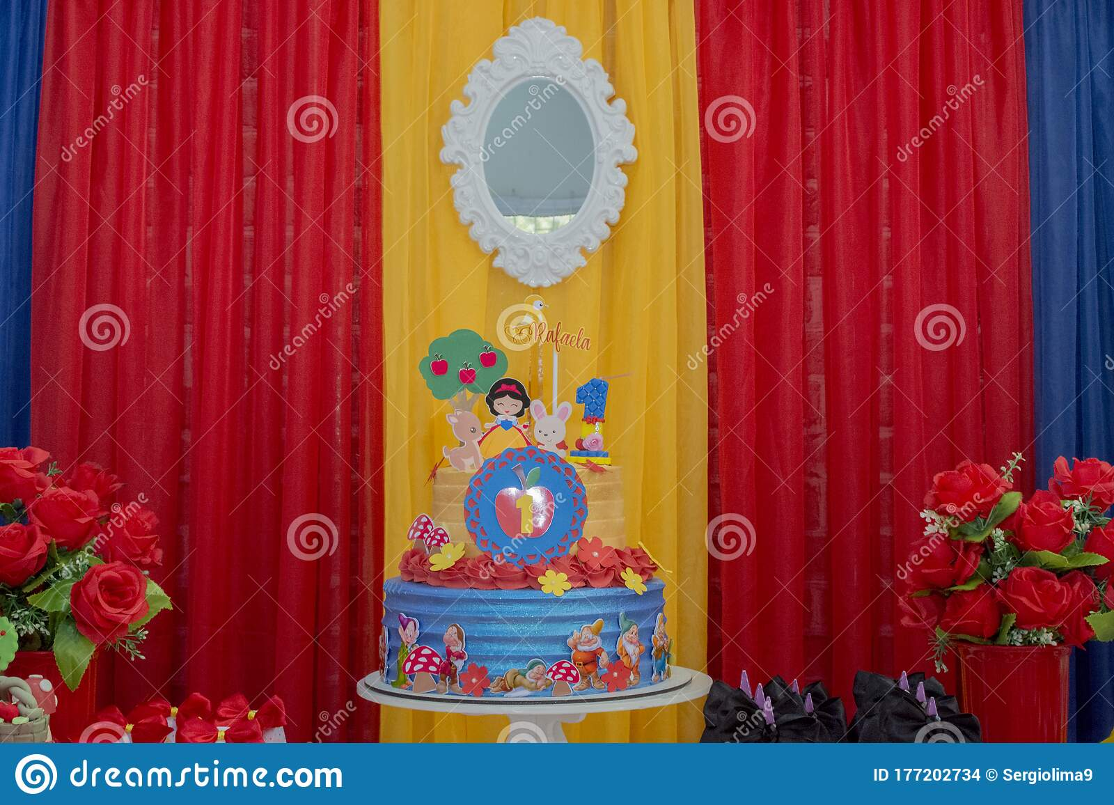 Colorful Birthday Party Decoration Theme Of Snow White And The Seven Dwarfs Editorial Stock Image Image Of Birthday Decoration 177202734