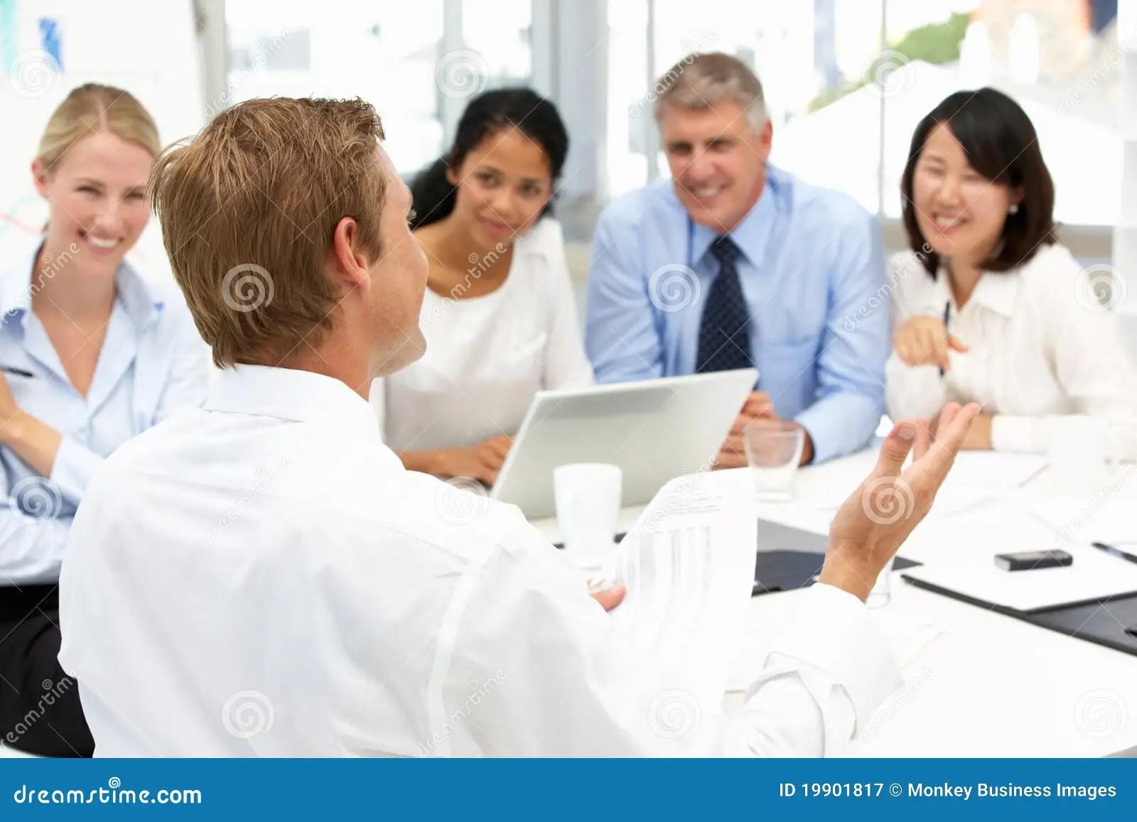 contact de bureau de recrutement