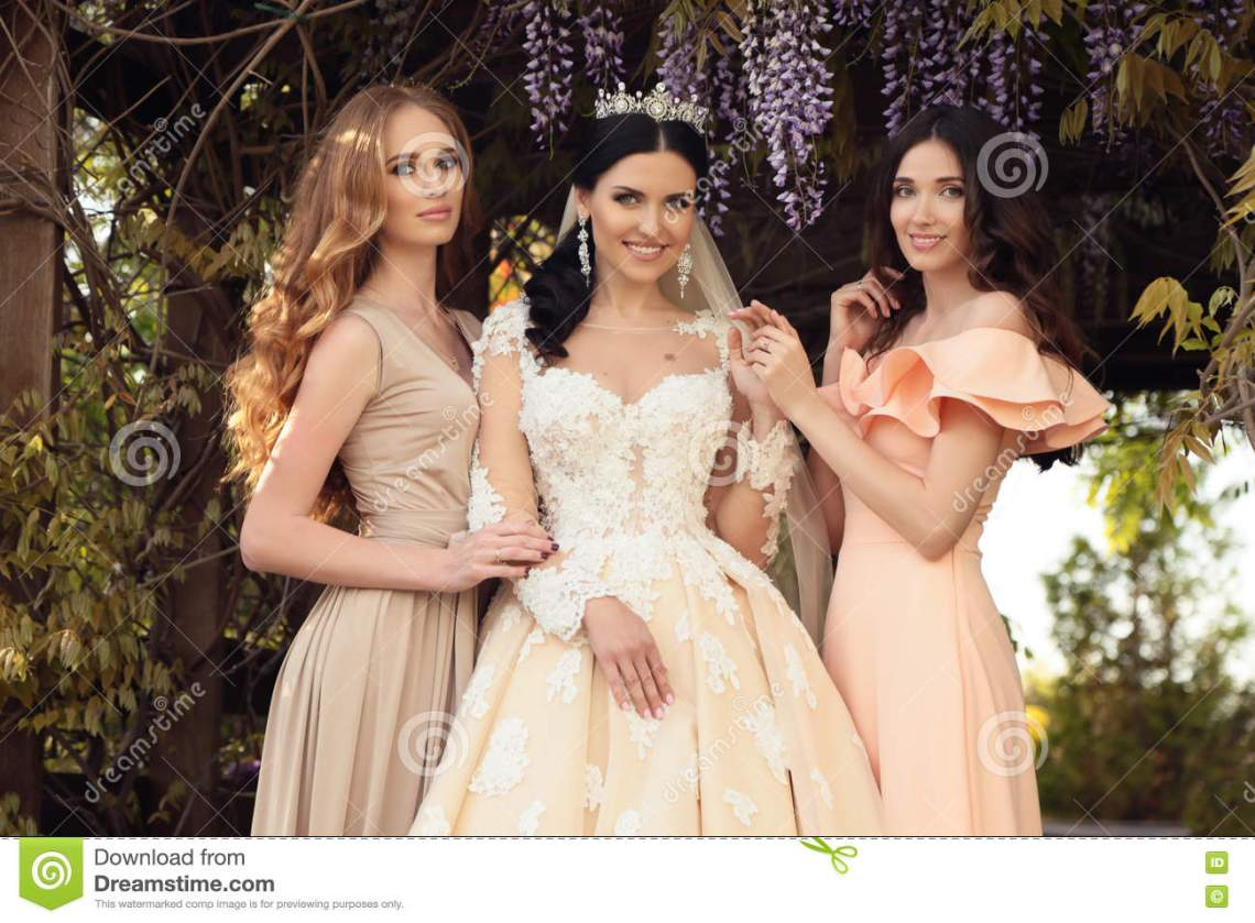 Image Result For Best Charming Wedding Dress Outdoor Party