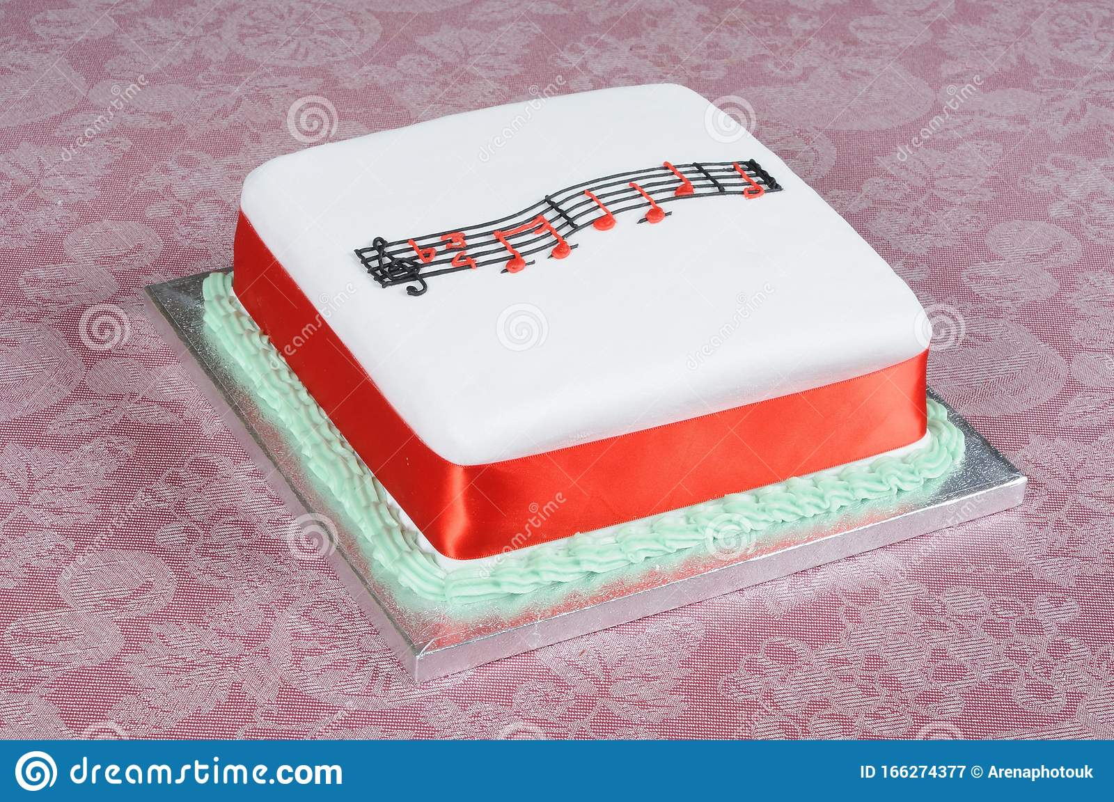 2 650 Square Birthday Cake Photos Free Royalty Free Stock Photos From Dreamstime