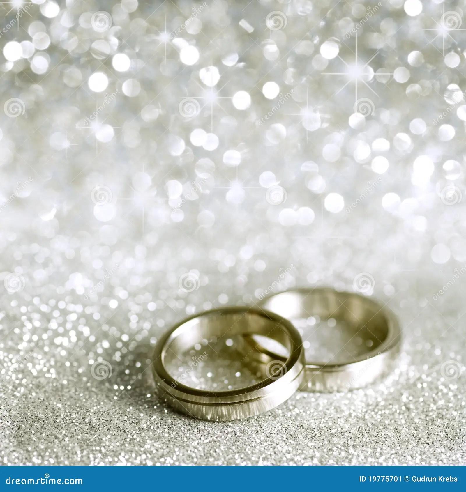 Hochzeitsringe Und Sterne Im Silber Stockbild Bild