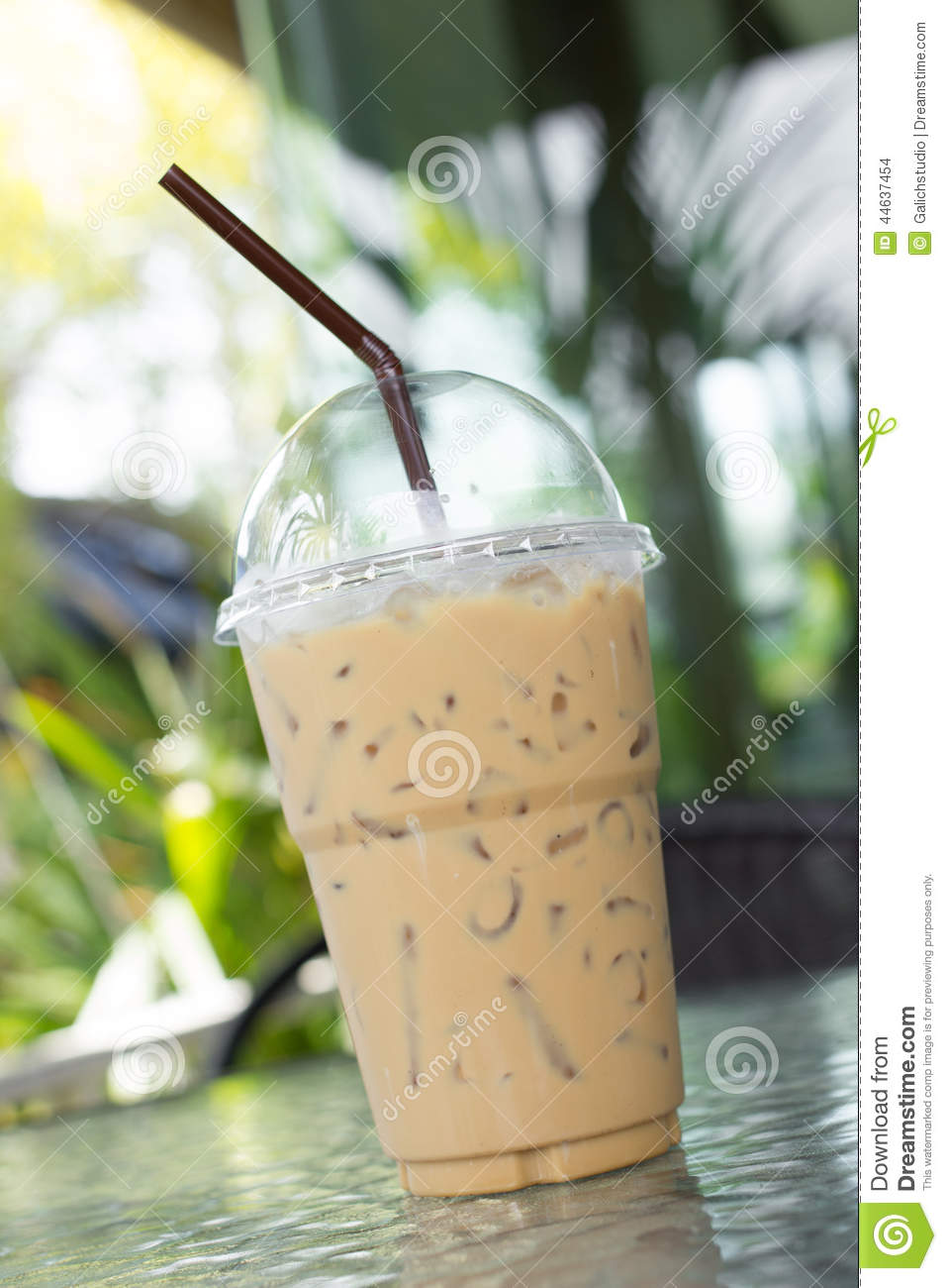 Iced Beverage Cup Straw