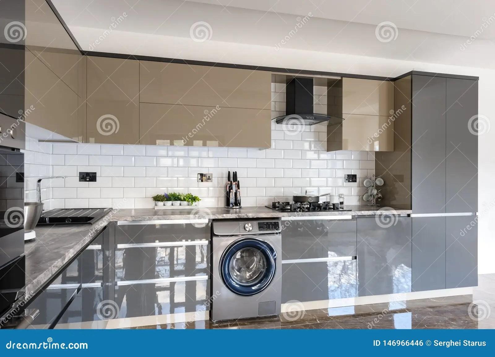 https fr dreamstime com int rieur blanc beige gris moderne luxe cuisine e image146966446
