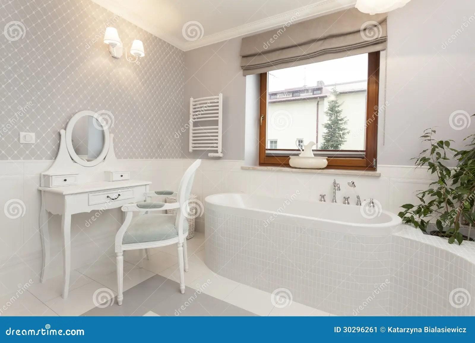 La Toscane Salle De Bains Avec La Coiffeuse Image Stock Image Du Toscane Salle 30296261