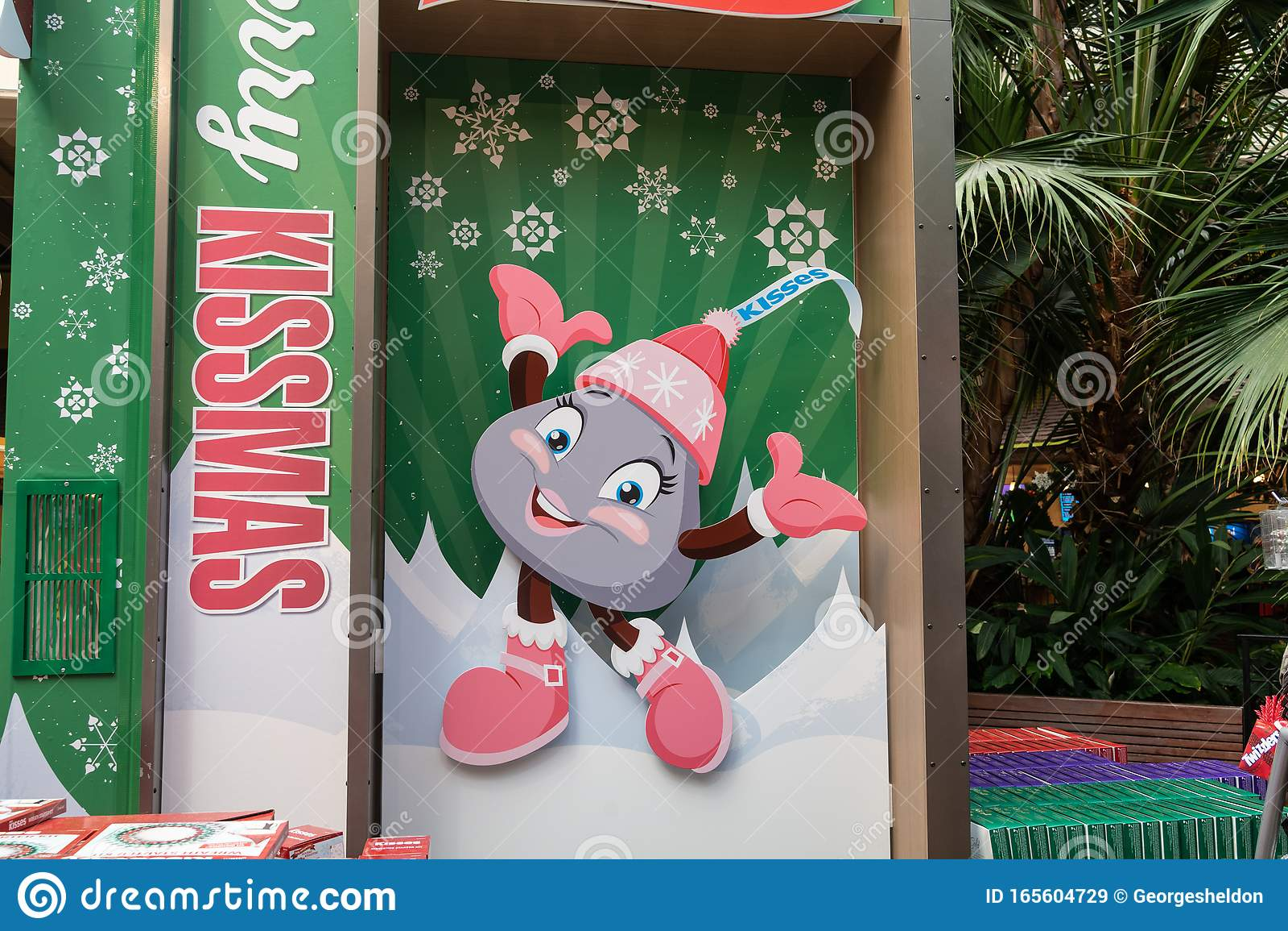 Large Christmas Hershey S Kisses Display Editorial Stock
