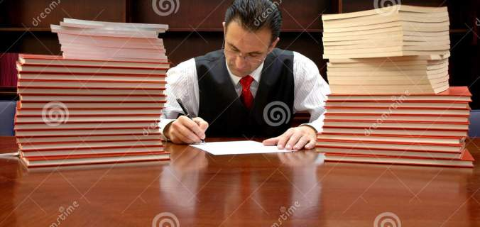 Lawyer Is Signing The Contract Royalty Free Stock Image