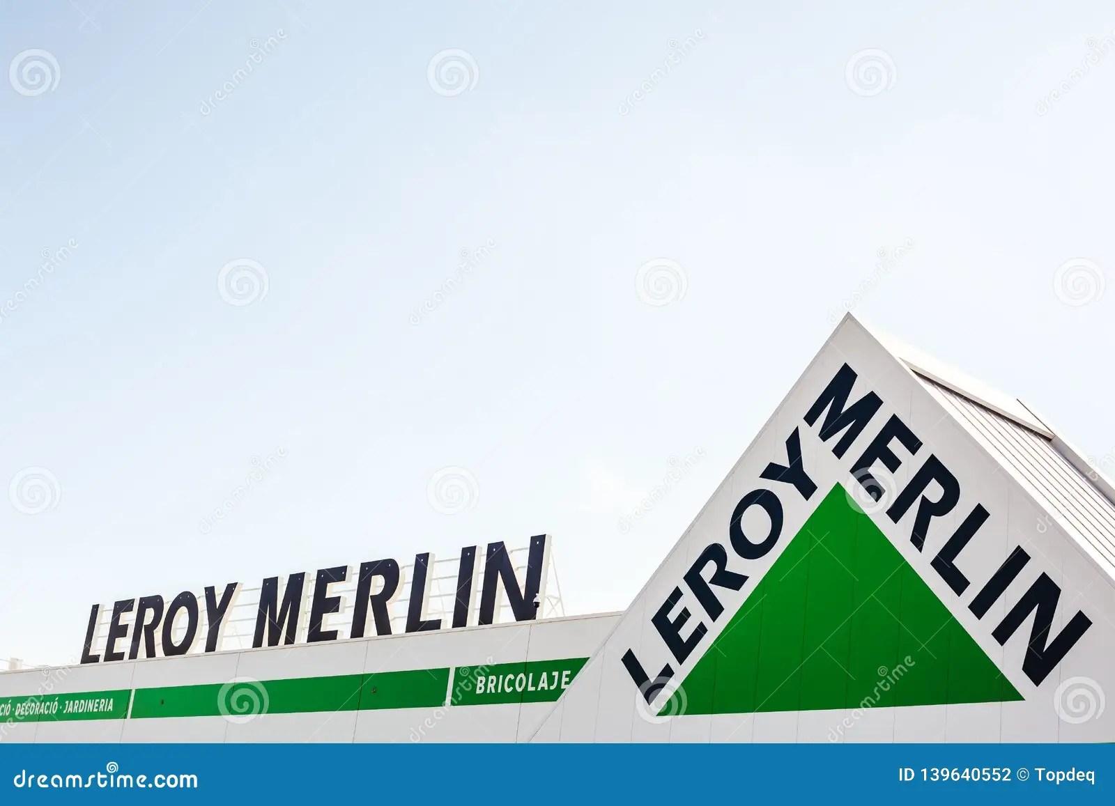 Leroy Merlin Speicherketten Markenlogo Stockfoto Bild Von Speicherketten Markenlogo 139640552