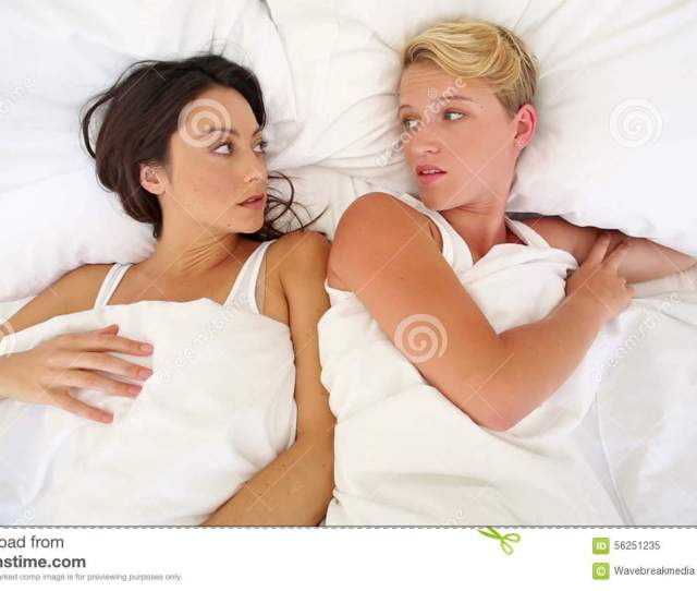 Lesbian Couple Having An Argument In Bed Stock Video Video Of Angry Domicile 56251235