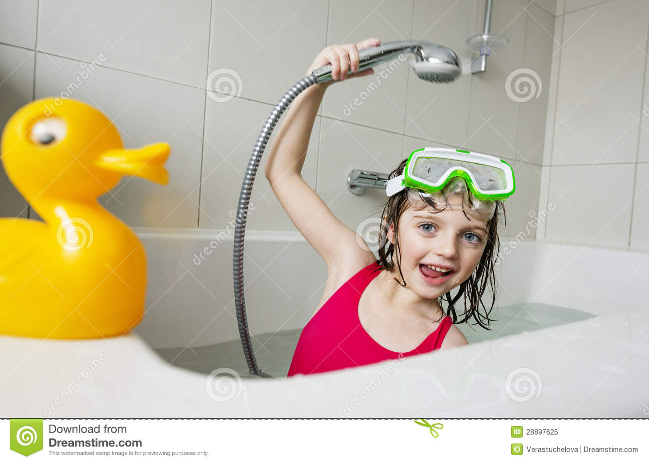 Little Girl In A Bathtub Stock Image Image Of Clean