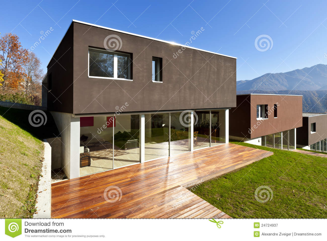 Maison Moderne Patio Photographie Stock Libre De Droits