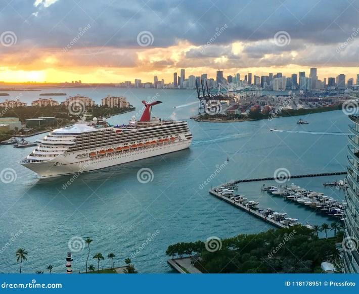 port miami, dodge island cruise port editorial photo - image