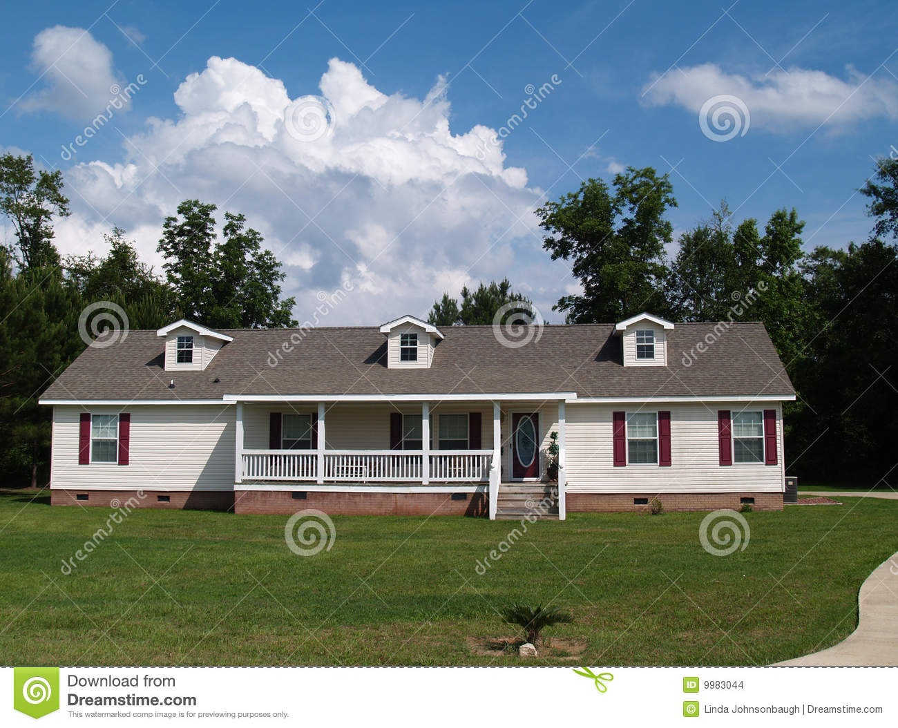 One Story Ranch Residential Home Stock Images Image 9983044