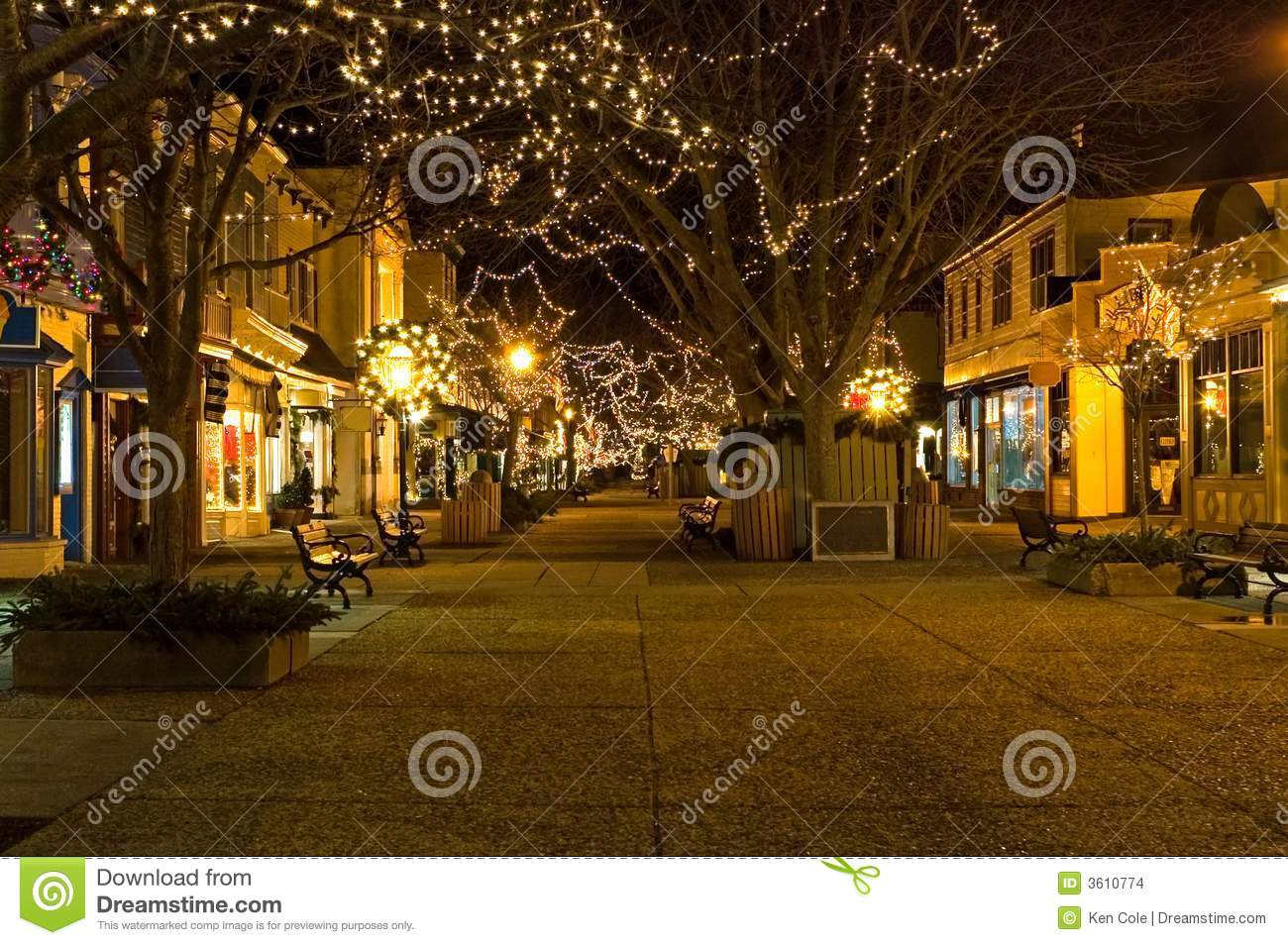 Outdoor Shopping Mall At Night Stock Images Image 3610774