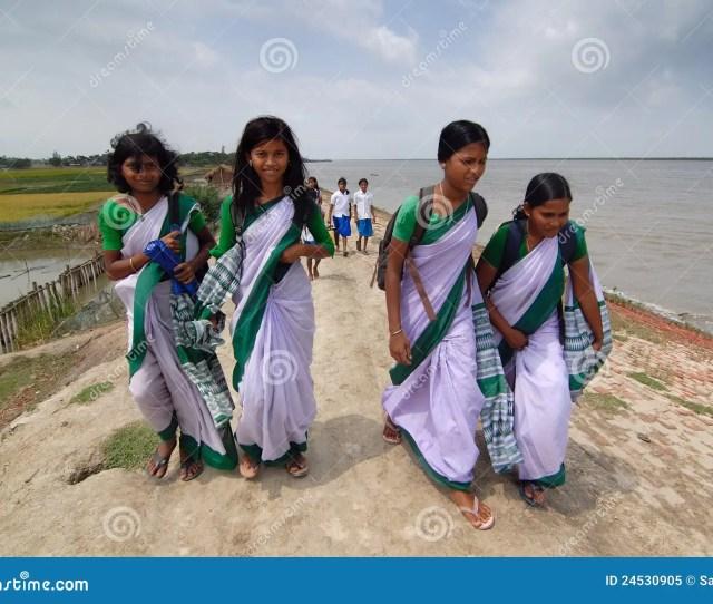 Student Posing At Indian Village School Students At Indian Village April 202012 Amlamethigosabasundarban