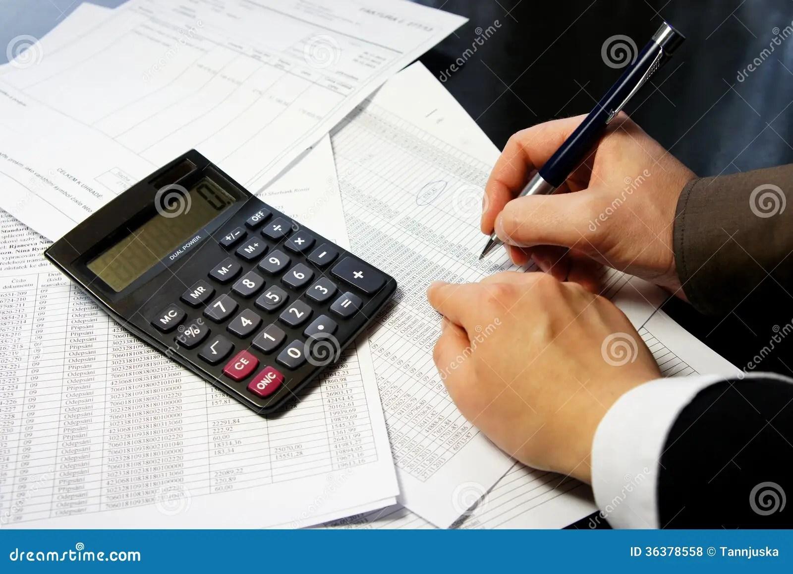 Table De Bureau Avec La Calculatrice Le Stylo Et Le