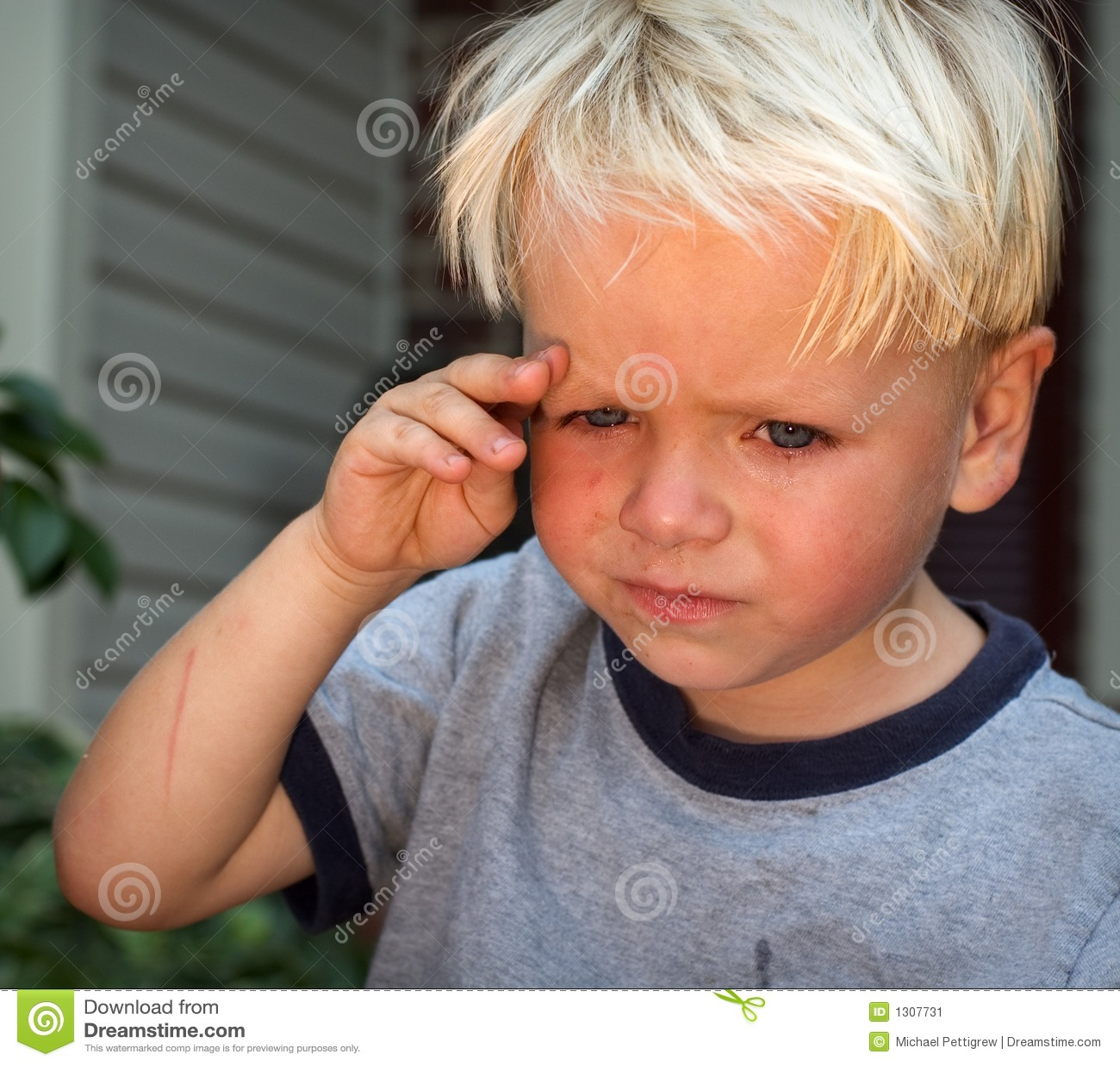 Trauriges Kind Stockbild Bild Von Traurig Kind Freudlos