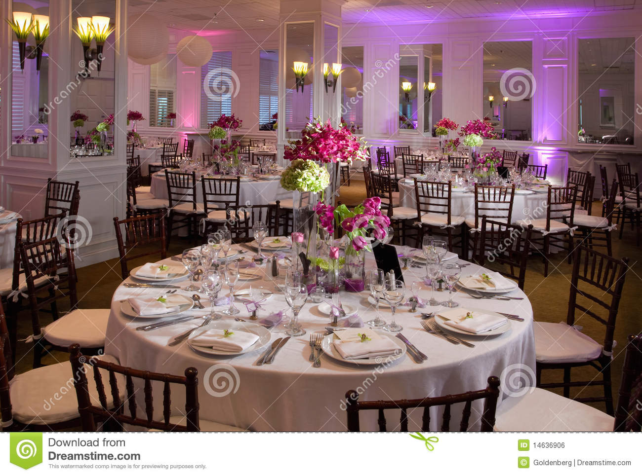 Formal Dining Table Decor