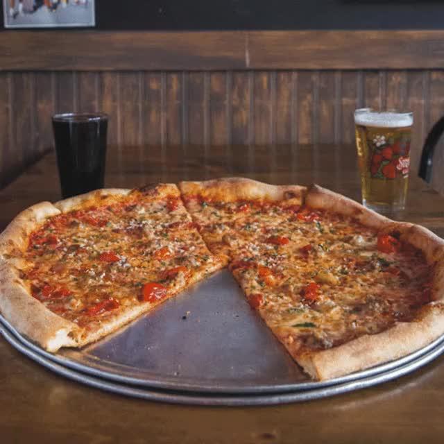 Pizza GIF Find Make Amp Share Gfycat GIFs
