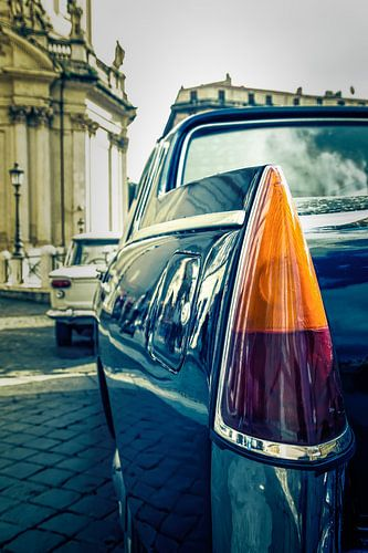 Roma: Lancia in duo-tone II