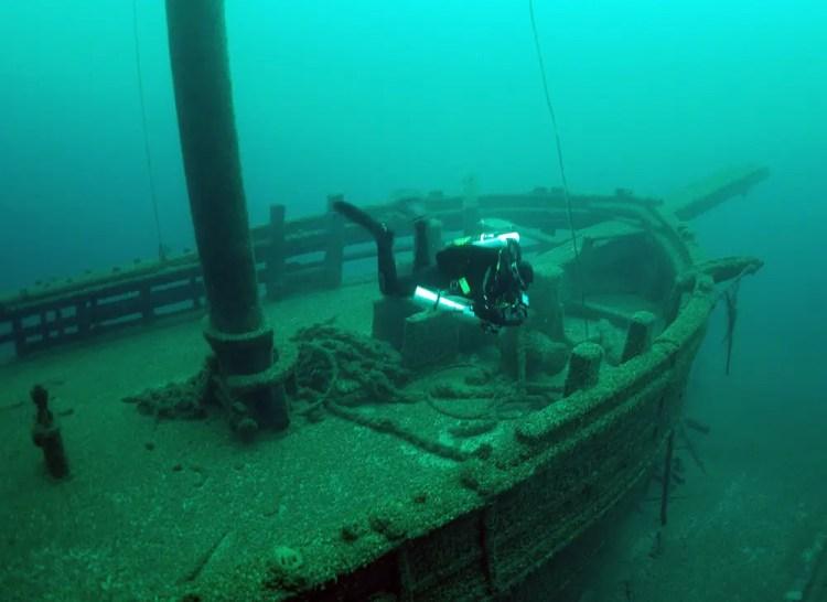 Walter B Allen sunk in 1880 -