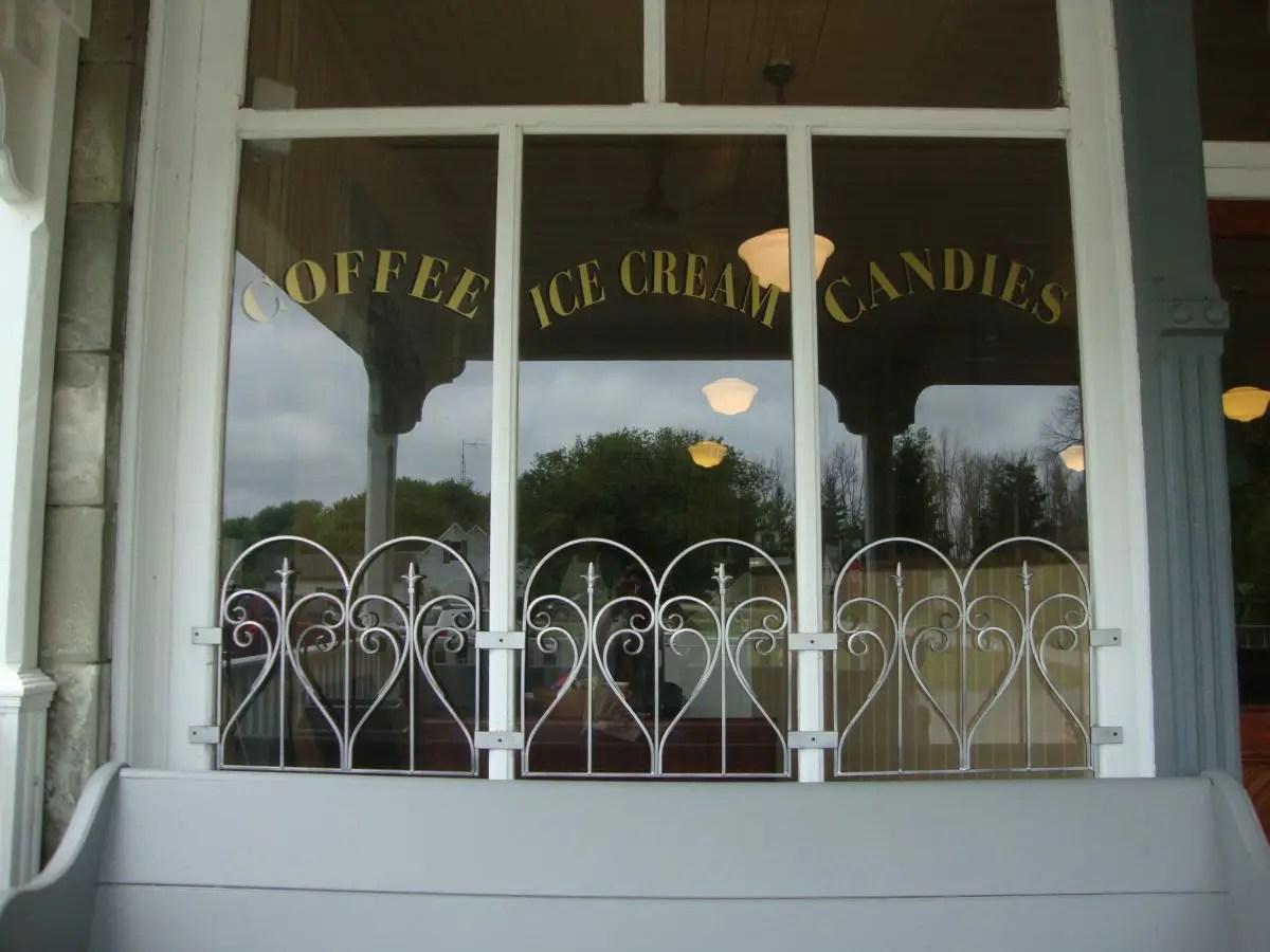 Rybecks Ice Cream Grindstone City