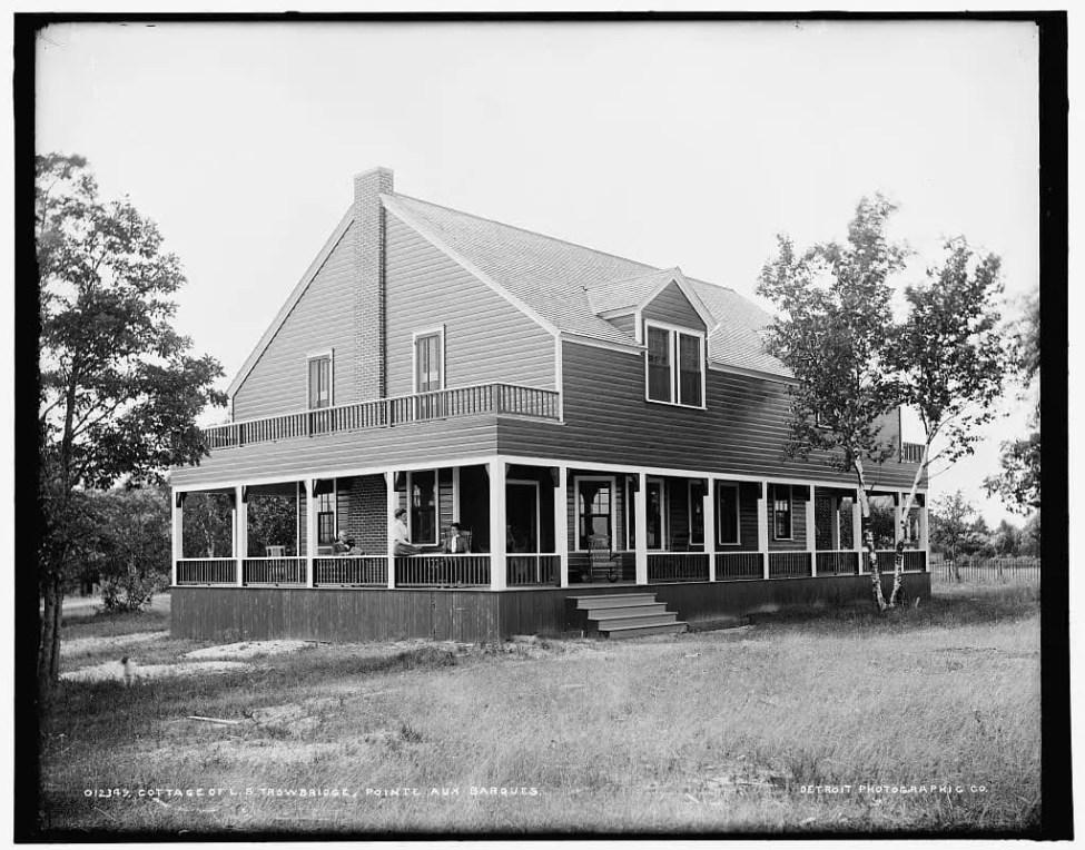 Point Aux Barques Cottage