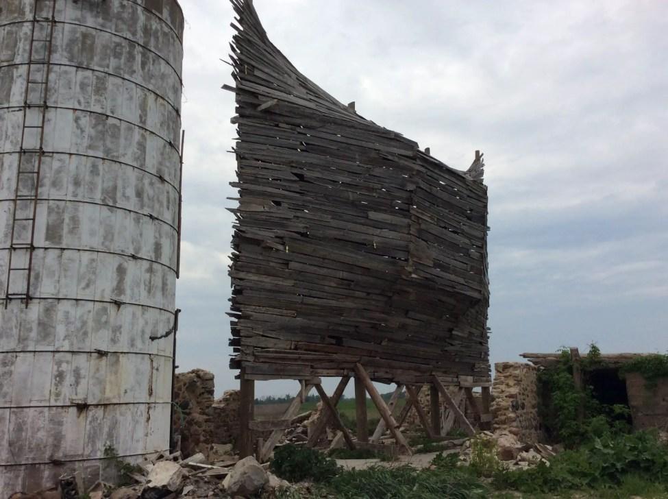 Emergency-Ark-Barn-Art