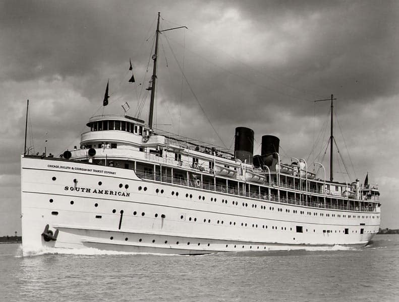 SS South American Underway - Great Lakes Cruising History