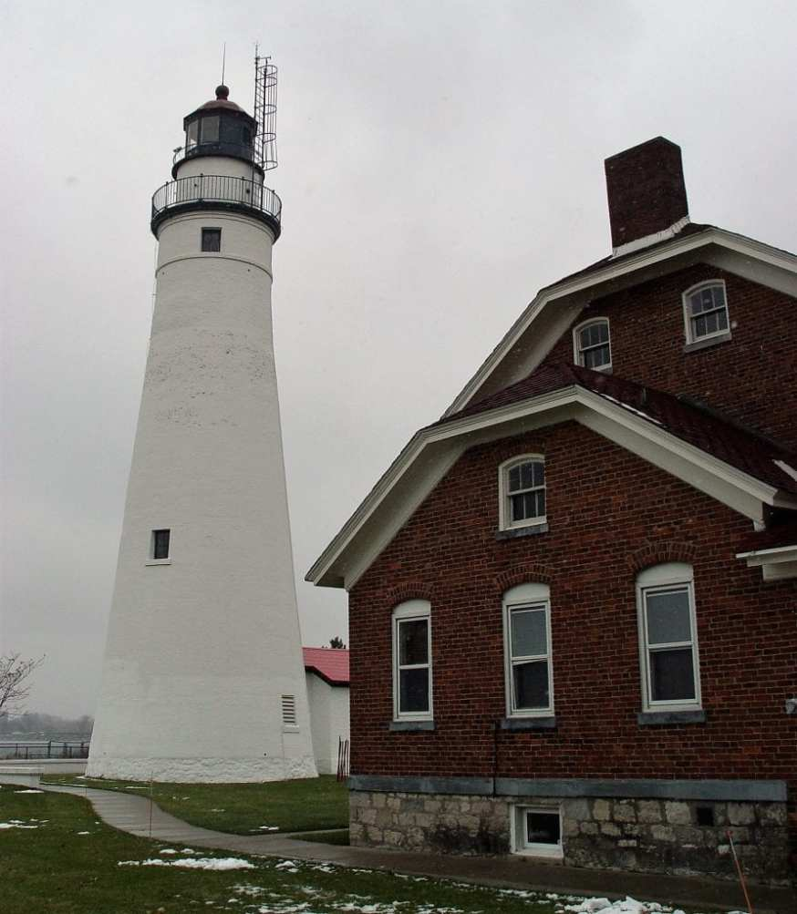 Fort Gratiot Lighthouse End