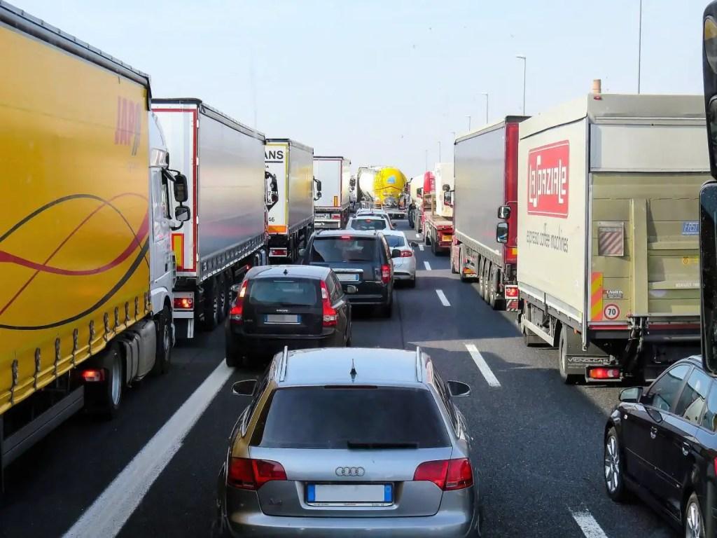 Auto Traffic