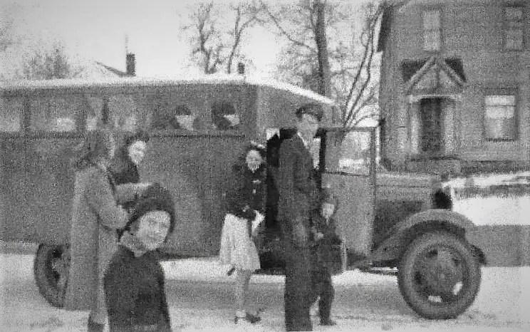 Popcorn Wagon Early 1940s