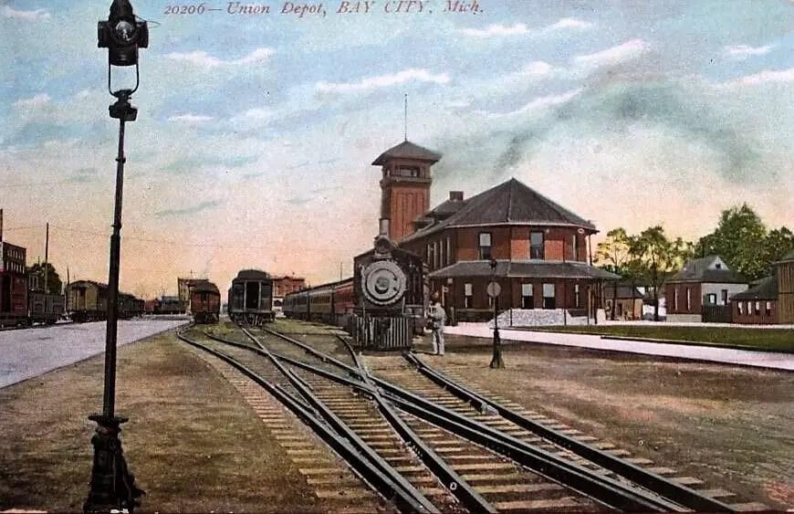 Union Depot Bay City 1908