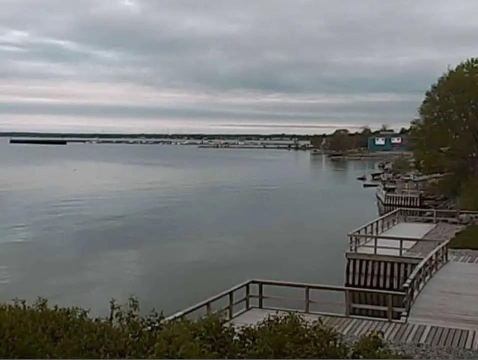 Tawas Harbor Webcam - Michigan Webcams