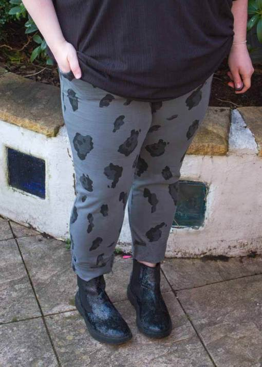 Thunder Egg - Grey Leopard Stretch Joggers