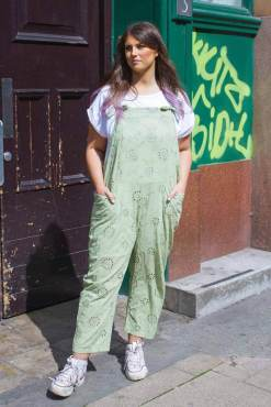 Thunder Egg – Lace Dungarees in Light Green