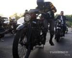 #80 Shinya Kimura kicks his '15 Indian to life