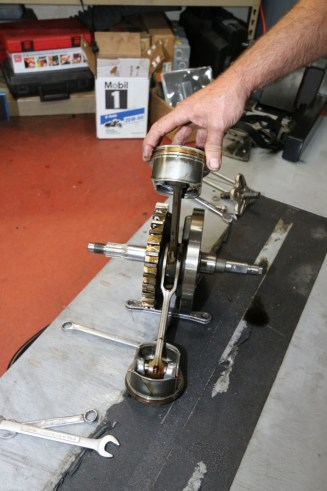 The FXD teardown revealed that the OEM connecting rods had extensive side play