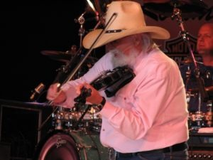 Charlie Daniels doin' what he does best