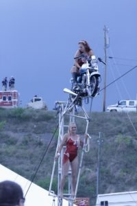 Circus Una gets in a few high-wire stunts before the storm