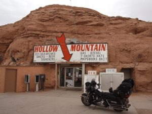 The most photographed landmark in Hanksville: the Hollow Mountain Store
