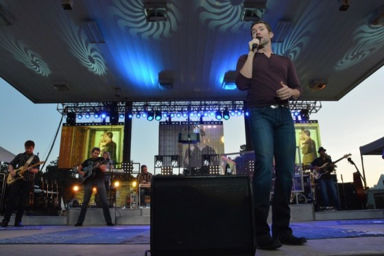 Josh Turner played to more than 12,000 people in a packed Arnolds Park on Saturday night