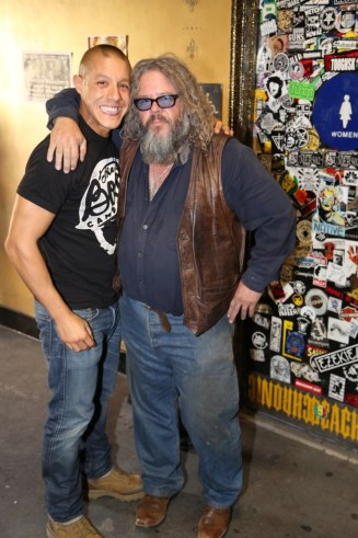 """Theo Rossi (a.k.a. Juan Carlos """"Juice"""" Ortiz) and Mark Boone Junior (a.k.a. Robert Munson) at the media-only red carpet event in Long Beach"""