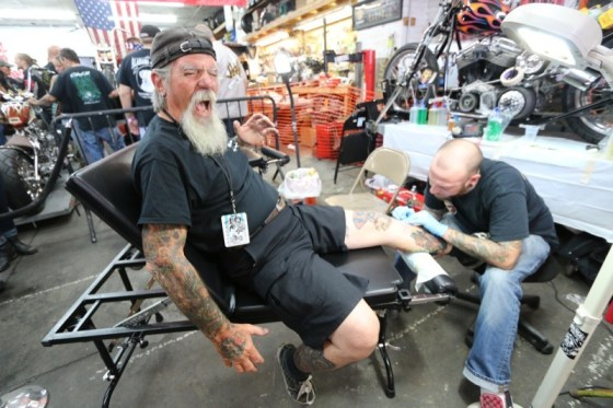 """Brian from Immortal Ink lays a memorial Indian Larry tattoo on Kevin """"Mailman"""" O'Brien (it really didn't hurt that much)"""