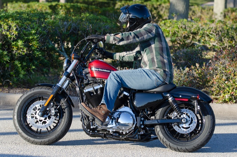 The Forty-Eight offers rear screw-adjustable emulsion shocks to smooth out rough roads, making it fun to ride