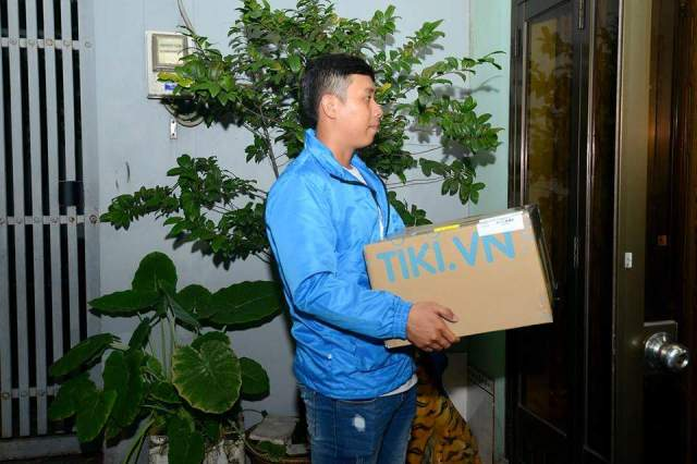 thung giay carton logo tiki 4 - Thùng giấy carton logo Tiki.vn