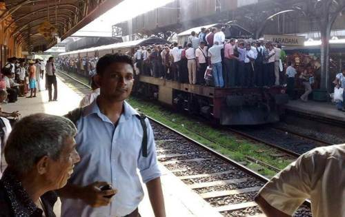 MARADANA to gampaha railwaystrike