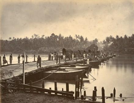 Roberts bridge of boats