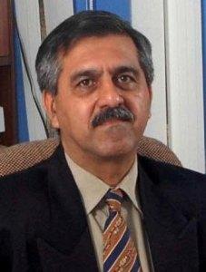Dr.Mandheep Dillon