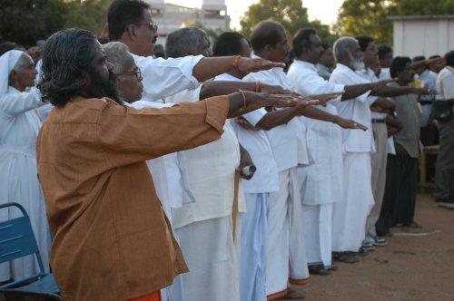 55-tna-adopts-ltte-salute-at-pongu-thamil